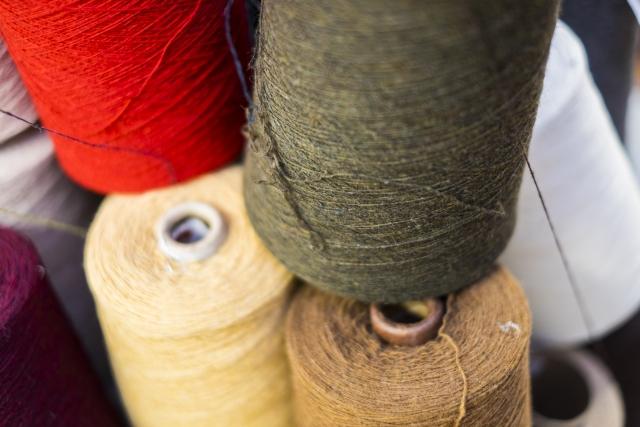 短繊維 糸